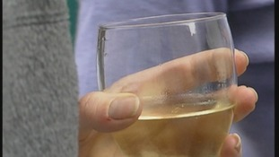 Call for minimum alcohol price in England.