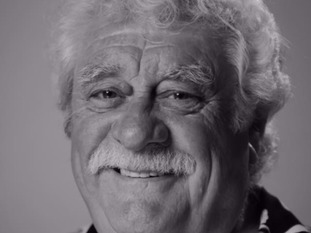 Bobby Knutt died in September
