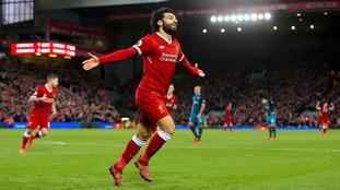 Premier League: Salah and Coutinho strike as Liverpool thrash Southampton