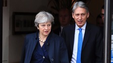 May and Brexit ministers to discuss figure for EU 'divorce bill'