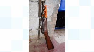 Deactivated submachine gun