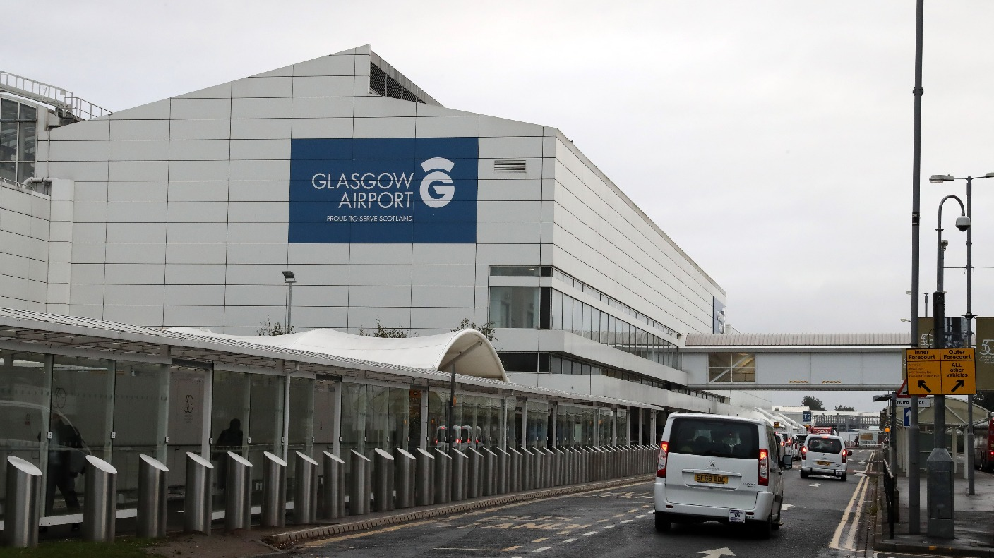 tug collides with passenger plane at glasgow airport