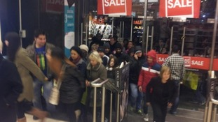 Shopper flock to Boxing Day sales