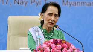 Rohingya crisis: Aung San Suu Kyi stripped of Freedom of Oxford