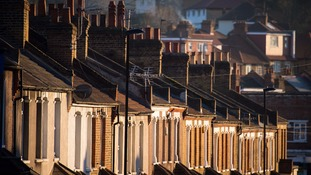 Value of UK private housing stock 'tops £6 trillion' for first time