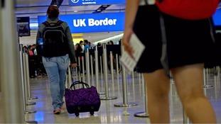 Net UK migration fell by third to 230,000 in year after Brexit vote