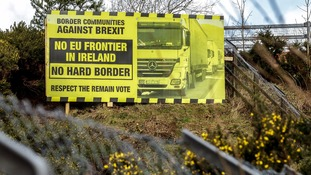 'Hard border' between Northern Ireland and the Republic inevitable after Brexit, MPs warn