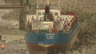 Ship grounded on rocks near Llanddulas