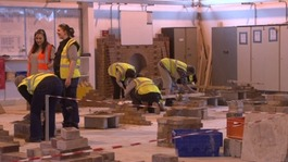 Course encouraging more women to work in construction