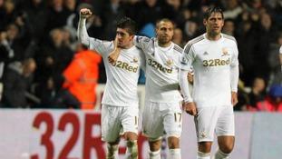 Pablo Hernandez celebrates