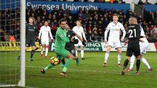 Swansea suffer heavy Manchester City defeat