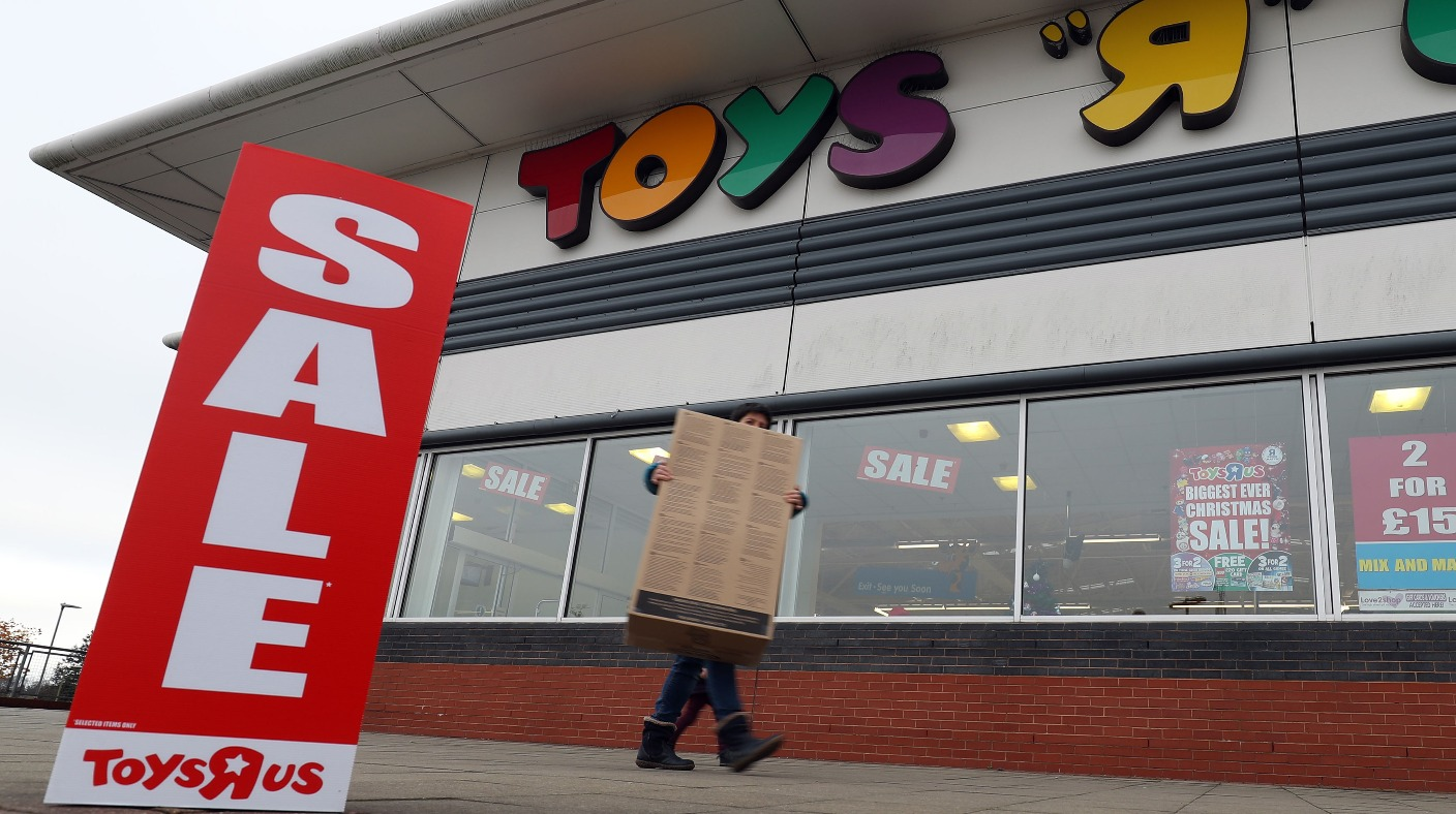 toys r us staves off collapse after reaching deal with creditor itv news. Black Bedroom Furniture Sets. Home Design Ideas