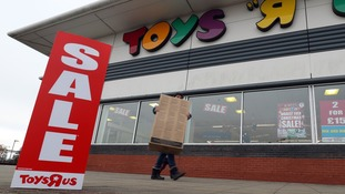 Toys R Us staves off collapse after reaching deal with creditor