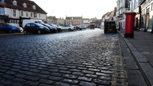 Council to tear up historic cobbles