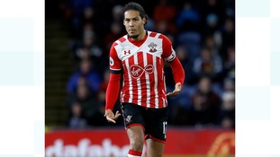 Liverpool FC agree £75m world record deal for Virgil van Dijk