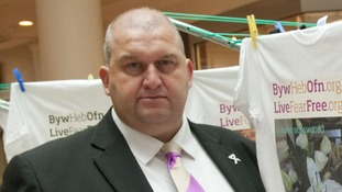 Carl Sargeant was said to be frustrated at his Party's unwillingness to detail the allegations against him
