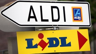 Lidl and Aldi are fastest growing supermarkets but Brits snub offers for rich Christmas pickings