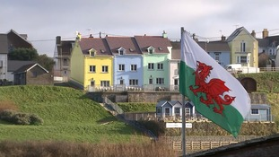 Welsh town sets its sights on eliminating single-use plastic