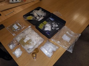 A man, aged 27, was arrested on suspicion of being in possession with intent to supply.