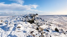 Snow on Stanage Edge