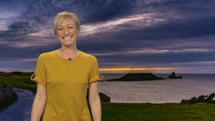 Wales Weather: Very wet and windy tonight!