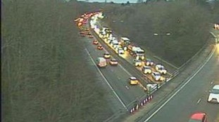 Delays after several accidents on A4232