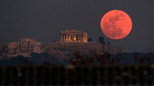In Pictures: 'Super blue blood moon' seen across the world