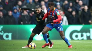 Premier League: Newcastle cling on for point at Palace