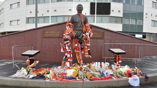 Fan tributes at Jimmy Armfield's statue