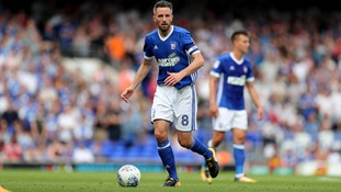 Cole Skuse has signed a new contract with Ipswich Town.