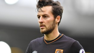 Hull midfielder Ryan Mason forced to retire after head injury