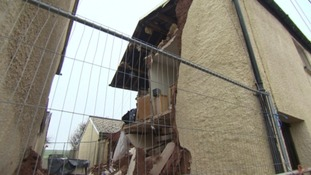 Centuries old cottage collapses after earthquake
