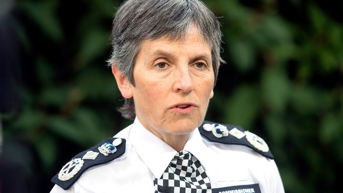 Cressida Dick has travelled to Scotland to seek a solution to London's knife crime epidemic.