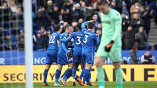 Premier League: Butland mistake sees Leicester rescue point against Stoke
