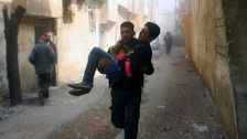 UN votes for ceasefire as eastern Ghouta death toll 'exceeds 500'