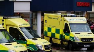 Handwritten note left on ambulance praises paramedics