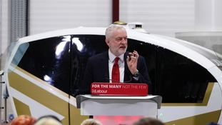 Jeremy Corbyn calls for new customs union with EU after Brexit