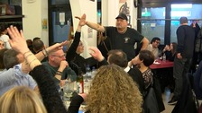 Diners make fascist salutes