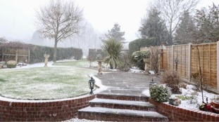 Paul Wilde sent us this picture of a flurry of snow in Redditch.