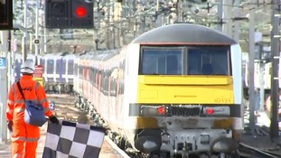 Network Rail says sorry for closing snow-free routes