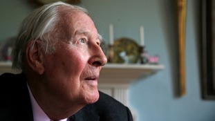 First athlete to run sub-four minute mile Sir Roger Bannister dies aged 88