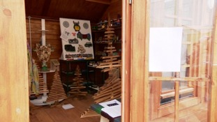 A new wooden showroom outside Guernsey's prison has opened selling products made by inmates