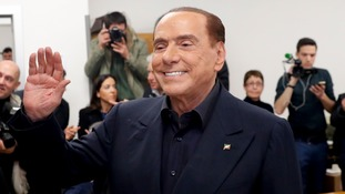 Silvio Berlusconi has met with the League to discuss a possible deal.