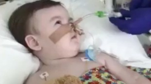 Alfie Evans' parents lose first stage of appeal