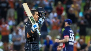 Taylor punishes England as New Zealand win one-day international to tie series at 2-2