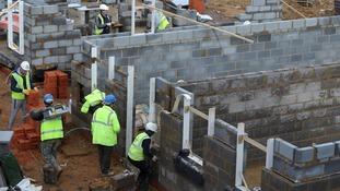 Homebuilder needs 700 construction workers
