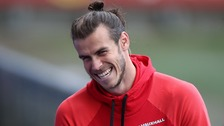 Giggs full of praise for record-breaker Gareth Bale