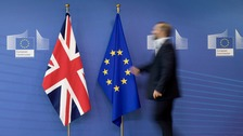 Negotiating guidelines for future Britain-EU trade approved