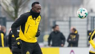 Usain Bolt scores when training with Dortmund