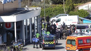French officer who offered himself as a hostage swap during Supermarket siege in Trebes dies